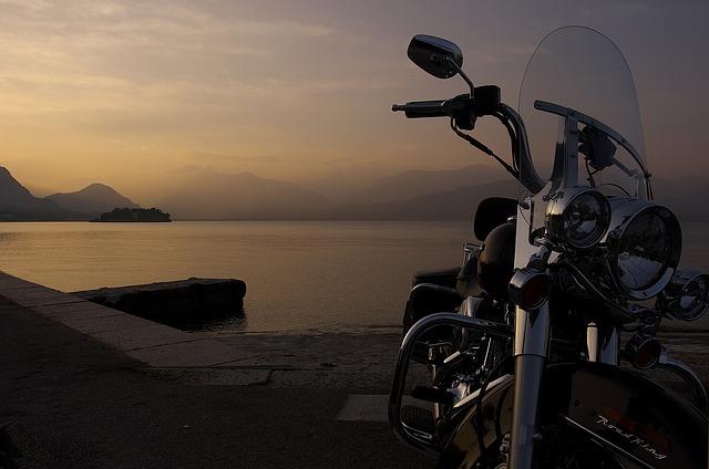 Harley, jezero, výhled